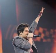 """Luan Santana grava música gospel """"Conquistando o Impossível"""" em seu novo CD e DVD. Assista"""