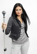 Bruna Olly: confira a capa do novo CD da jovem cantora