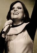 """Diante do Trono: música """"How He Loves Us"""" sucesso do Jesus Culture será gravada pelo ministério"""