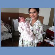Nasce Maria Catherine, filha de Aline Barros