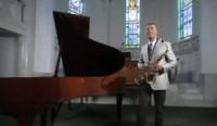 """Clipe da canção """"Não Morrerei"""", de Marquinhos Gomes, alcança um milhão de visualizações no Youtube"""