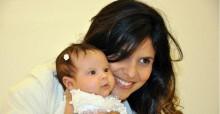 Aline Barros faz ensaio fotográfico para comemorar primeiro aniversário de sua filha, Maria Catherine. Veja fotos