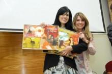 """Fernanda Brum recebe discos de ouro durante consagração de seu novo CD """"Liberta-me"""""""