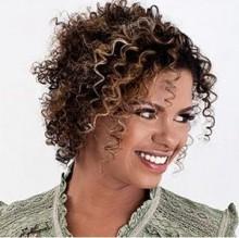 Nívea Soares: cantora sofreu um aborto espontâneo e está internada