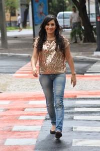 """Graça Music lança novo clipe da cantora Sandrinha: """"Senhor, Passa Por Aqui"""""""