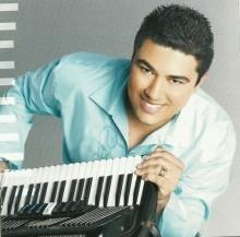"""Lenno Maia assina contrato com a Sony Music e planeja lançamento de CD no estilo """"pentecostal de raiz"""""""