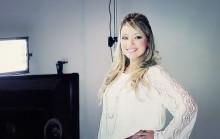 """[Vídeo] Rachel Malafaia divulga making of da sessão do CD """"De fé em fé"""""""