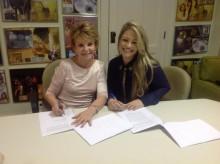 Lilian Lopes assina com a MK Music e inicia preparativos para novo CD