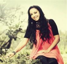 """""""Eu Respiro Adoração"""": Cristina Mel apresenta música de trabalho de seu novo álbum; Ouça"""